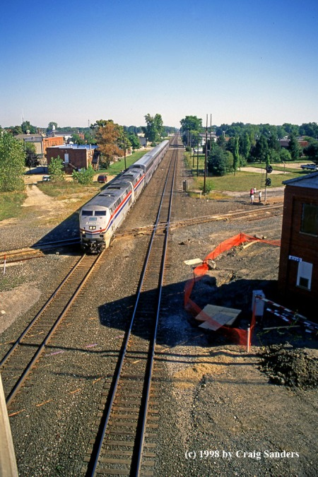 amtrak-at-crestline