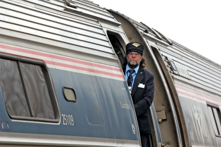amtrak-conductor-2